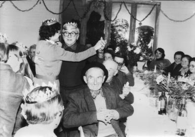 1980 env Gateau des rois à la salle du foyer (1)